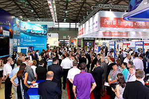 transport logistic China 2012: More visitors came for the booming Chinese logistic market.